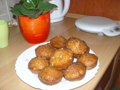 Almás fahéjas muffin - Gyümölcsös muffin Pretzel Bites, Ale, Biscuits, Bread, Breakfast, Ethnic Recipes, Food, Cupcakes, Crack Crackers