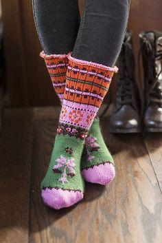 Ravelry: Tóka Socks pattern by Lucinda Guy