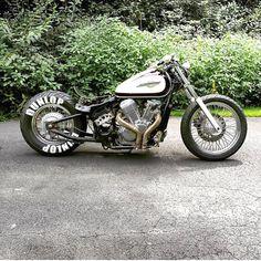 New bobber motorcycle suzuki posts 27 ideas Motos Bobber, Honda Bobber, Bobber Bikes, Bobber Motorcycle, Bobber Chopper, Softail Bobber, Motorcycle Engine, Motorcycle Garage, Vintage Motorcycles