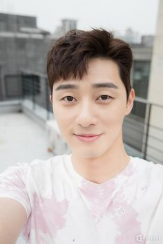 Park Seo-joon (박서준) - Picture Gallery @ HanCinema :: The Korean Movie and Drama Database Hyun Seo, Seo Ji Hye, Jung Hyun, Kim Jung, Asian Actors, Korean Actors, Korean Guys, Song Joong, Park Seo Joon