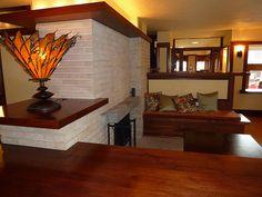 Frank Lloyd Wright's Emil Bach House - interior
