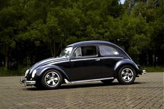 Black - vw beetle with fuchs wheels