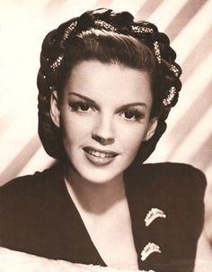 Judy Garlands gorgeous hair