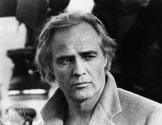 Marlon Brando es ampliamente considerado como el mejor actor de película de todos los tiempos, rivalizado sólo por el más teatralmente orientada a Laurence  ...