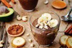 Slasni veganski recept za čokoladni mousse sa začinima i maca prahom.