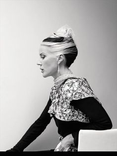 Daphne Guinness, heiress, father: Jonathan Guinness, paternal grandmother was Irish aristocrat Diana Mitford, one of the infamous six Mitford sisters