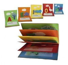 Utile, carino e creativo. E' un libretto fai da te per far apprendere le vocali al tuo bambino... giocando! Diy And Crafts, Crafts For Kids, Paper Crafts, Magic English, C4 Cactus, Libros Pop-up, D Book, Alphabet Book, Handmade Books