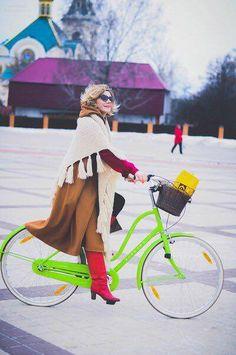 #mascva #mascovna #streetstyle #streetfashion #winterlook #instamoscow #outfit #ootd #lookoftheday #fotooftheday #mylife #beauty #moscow #bag #streetstyle #moscowfashion #russiandesigners #russia #look #russiandesigner #russianfashion #русские_дизайнеры #стилист #российскиедизайнеры #стритлук #образы