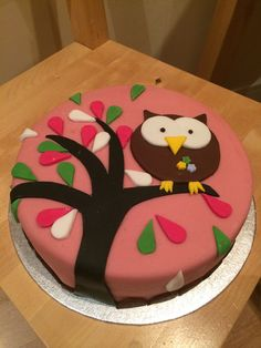 Owel cake with marzipan and icing decoration