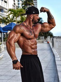 Musclemania Pro Nutrend Sponsored Athlete Benjamin Radic
