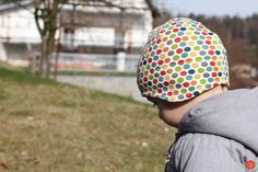 Handmade sewed spring kids jersey hat, made from organic cotton Spring Air, Kids Hats, New Kids, Hand Knitting, Knitted Hats, Organic Cotton, Kids Fashion, Sewing, Fabric