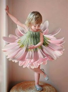 Such a gorgeous idea — a flower dress for girls