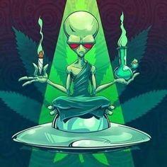 Resultado de imagen para alien new school tattoo weed