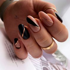 Line Nail Designs, Acrylic Nail Designs, Acrylic Nails, Nails Studio, Pretty Toe Nails, Pretty Toes, Different Nail Shapes, Lines On Nails, Almond Nails Designs