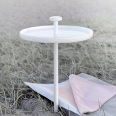 Pin Table – The ideal side table for outdoor use #wine #picknick #table #outdoor