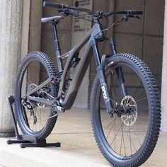 Motocross, Kona Bikes, Specialized Stumpjumper, Montain Bike, Mt Bike, Electric Mountain Bike, Downhill Bike, Bicycle Girl, Mountain Biking