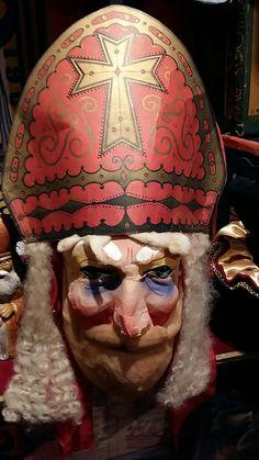 Sinterklaas masker (maskerade), museum indezevendehemel te Apeldoorn