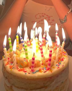 Foods For Abs, Cute Baking, 18th Birthday Party, Birthday Ideas, Bday Girl, Aesthetic Food, Sweet 16, Birthday Candles, Birthdays