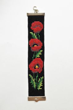Items similar to Bead loom bracelet, Poppy bracelet, Toho bead bracelet, Flower bead bracelet on Etsy Loom Bracelet Patterns, Bead Loom Bracelets, Bead Loom Patterns, Beading Patterns, Beaded Flowers Patterns, Beaded Jewelry Patterns, Bead Loom Designs, Beaded Banners, Tear