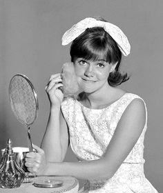 Sally Field as Gidget (September 15, 1965 - April 21, 1966, ABC)