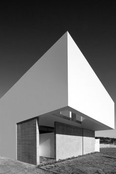 Abraham Cota Paredes | House To See The Sky.