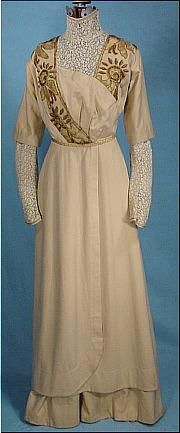 1909 Embroidered Ecru Wool Day Dress