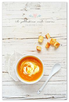 spicy pumpkin and leek soup Leek Soup, Culinary Arts, Spicy, Alcoholic Drinks, Pumpkin, Soups, Blog, Colours, Pumpkins