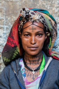 View top-quality stock photos of Portrait Of An Amharic Woman From The Amhara Region. Find premium, high-resolution stock photography at Getty Images. African Tribes, African Women, We Are The World, People Around The World, Ethiopian People, Ethiopian Beauty, Tattoed Women, Vintage Black Glamour, Tatoo