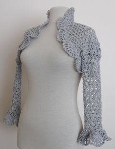 Crocheted bolero... I need to find a pattern or instruction book or something. This is exactly what I want!!