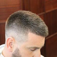 44 ideas hairstyles fringe men for 2019 Mens Hairstyles Fade, Hairstyles With Bangs, Trendy Hairstyles, Fringe Hairstyles, Cool Haircuts, Haircuts For Men, Haircut Men, Mens Clipper Cuts, Short Hair Cuts