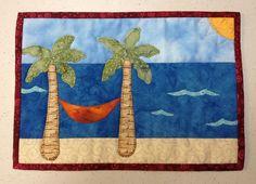 Beach mug rug. No instructions Fabric Postcards, Fabric Cards, Mug Rug Patterns, Quilt Patterns, Canvas Patterns, Small Quilts, Mini Quilts, Quilting Projects, Quilting Designs