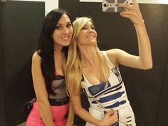 Geek out with some fangirls (36 Photos) http://thechive.com/2016/03/22/geek-out-with-some-fangirls-37-photos-2/
