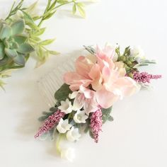 This blush wild rose silk floral comb would be beautiful for a summer outdoor…