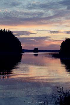 midsummer in Finland http://www.idealista.fi/vaaleanpunainenhirsitalo/