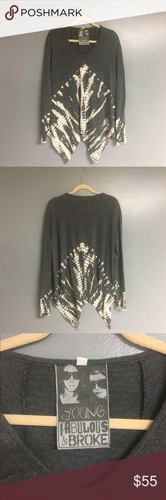 YF&B Uneven Cut Sweater Young, Fabulous & Broke Size Large Gray & Cream Sweater.  Young Fabulous & Broke Sweaters Crew & Scoop Necks