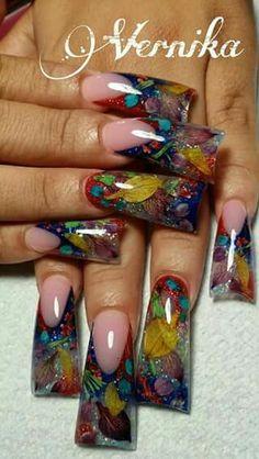 Acrylic nails by Veronika