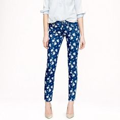 EUC J. Crew floral print jeans. Size 25 EUC J. Crew floral jeans. Size 25. Style is cropped matchstick. Only worn once. Make me an offer! J. Crew Jeans Ankle & Cropped
