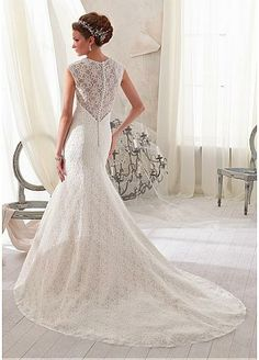 Gorgeous Lace V-neck Natural Waistline Mermaid Wedding Dress
