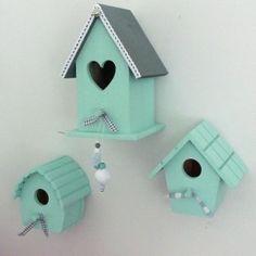 Leuk voor de mint groene babykamer Snowball, Room Decor, Outdoor Decor, Diy Wood, Homes, Room Decorations, Decor Room