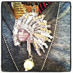 Www.bling-a-Gogo.com  Indian chief pendant