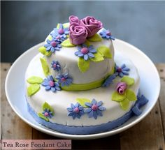 fondant cakes | Baking | Tea Rose Fondant Cake … and a floral giveaway # ...