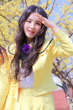 South Korean Girls, Korean Girl Groups, K Pop, Retro Graphic Design, Your Girl, Girl Photos, Kpop Girls, Cute Girls, Asian Girl