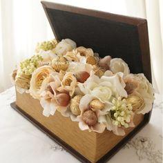 Pretty Please is getting ready for 2014! à la carte sofreh aghd design by Parisa Kaprealian. #nuts #walnuts #hazelnuts #almonds #gerdoo #fandogh #badoom