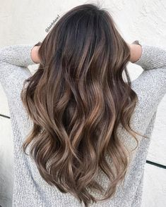 Hair, brown hair natural highlights, brunette highlights summer, bayalage l Brown Hair Natural Highlights, Natural Ombre Hair, Brunette Highlights, Baylage Brunette, Natural Red, Natural Light, Natural Hair Colour, Bayalage Light Brown Hair, Light Brown Hair Colors
