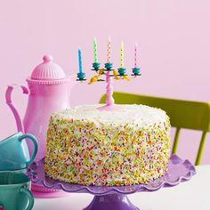 Olha que amoooor esse candelabro! Amei!!  Via @mimootoysndolls . #decorefesta #blogdecorefesta #ideias #instablog #instagood #instakids #instamood #cake #bolo #partyideas #partykids #partydecor #partyideas #inspiração #dicas #produtos #marcas #fornecedores #candybuffet #candybar #mesadobolo #mesadedoces ••• www.blogdecorefesta.com.br @blogdecorefesta