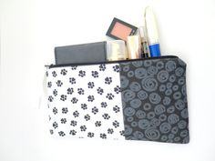 Free Shipping, Print Pattern Pouch, Fabric Pencil Pouch, Large Pencil Case, Small Makeup Pouch, Cotton Fabric Pouch, Gift idea for mom, friend, coworker, teacher,
