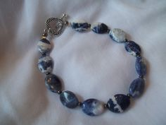 Oval Blue Agate Bracelet by TheBlueEyedBeader on Etsy, $12.00