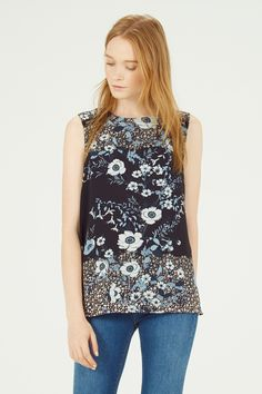FLORAL PLACEMENT SHELL TOP