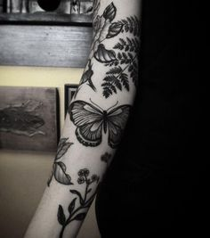 Nature lovers sleeve by Alexander James Hel