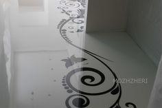 Белый декоративный полимерный наливной пол с узором